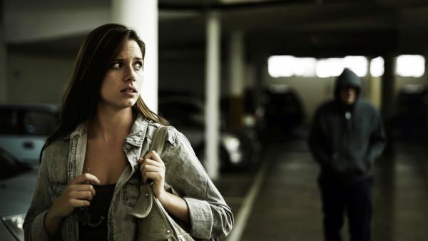 Informasi Pentingnya Penanggulangan Stalking di Amerika Serikat